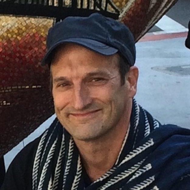 Michael J Kruzich